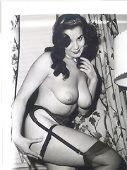 Hairy vintage voluptuous ladies posing in stocking